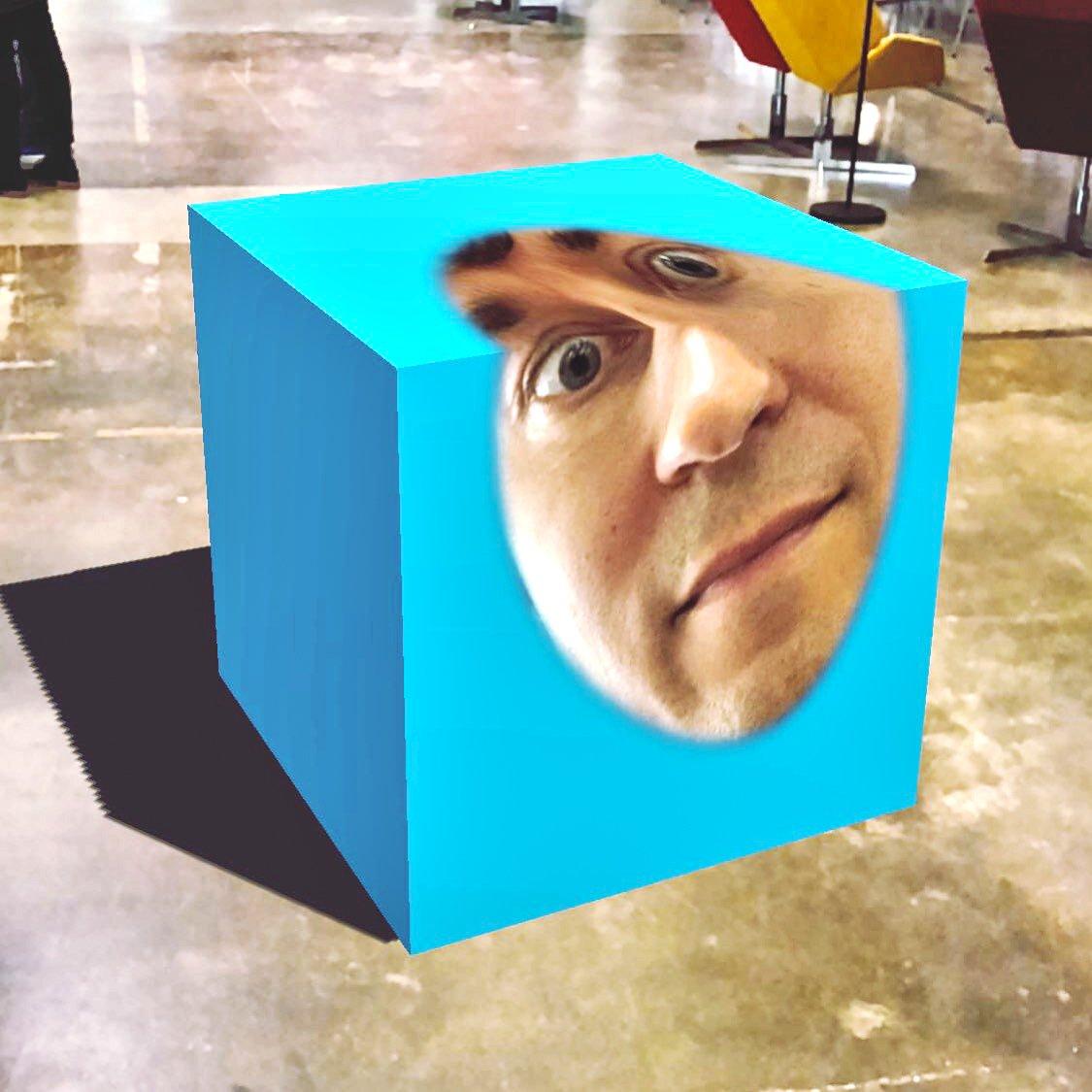 Kasper Strömman Box