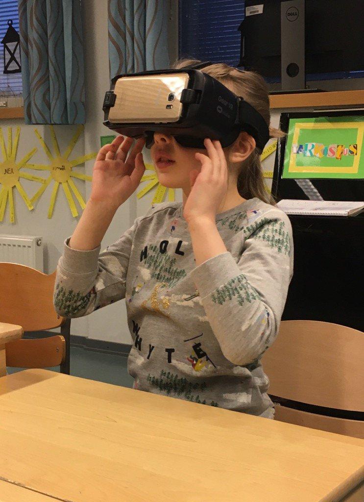 VR koulussa